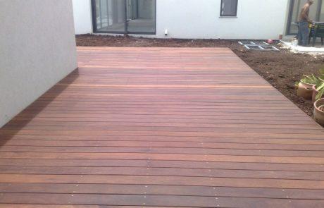 פרויקט דק בגינה ביישוב חניתה